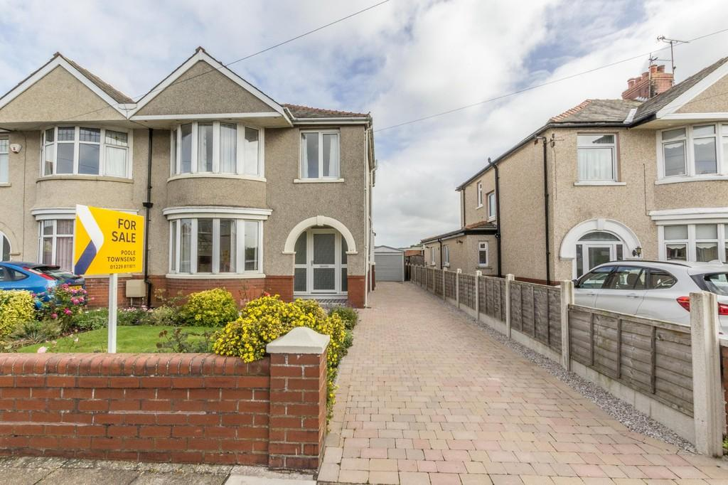 3 Bedrooms Semi Detached House for sale in Furness Park Road, Barrow-In-Furness