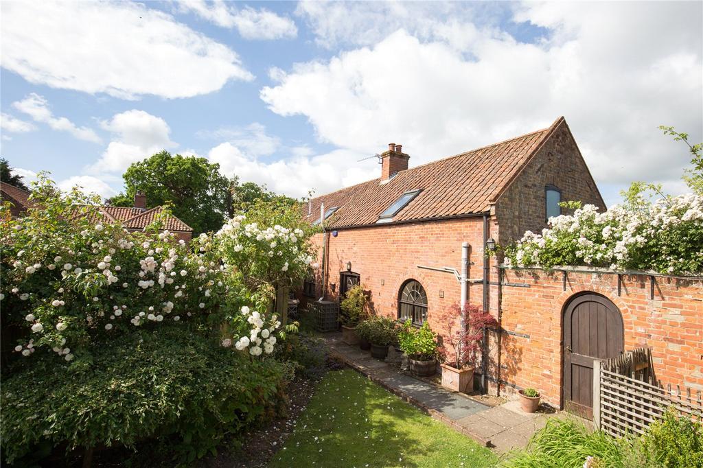 4 Bedrooms Detached House for sale in Smugglers Lane, Reepham, Norfolk, NR10