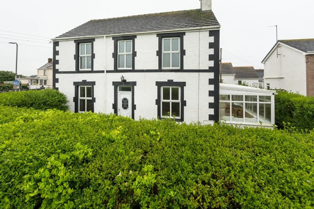 4 Bedrooms Detached House for sale in Lon St Ffraid, Trearddur Bay, North Wales