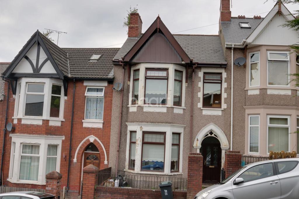 3 Bedrooms Terraced House for sale in Batchelor Road, Beechwood, Newport