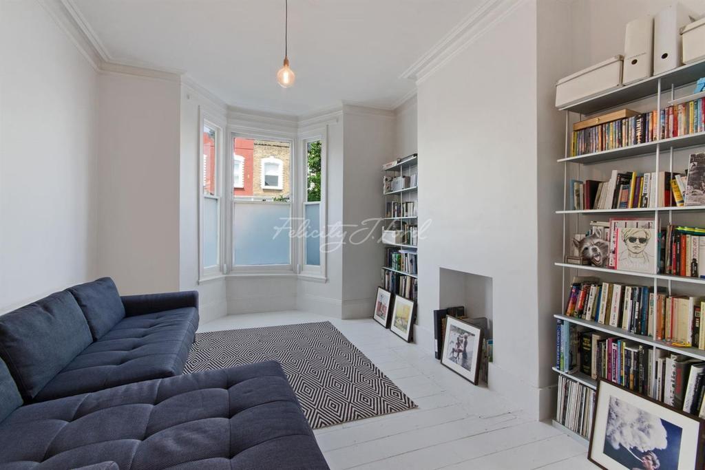 3 Bedrooms Terraced House for sale in Oldfield Road, N16