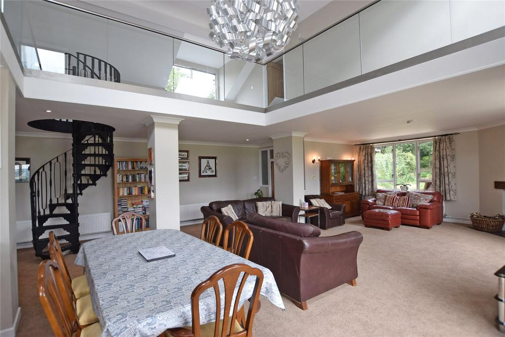 5 Bedrooms Detached House for sale in Shortmoor Cross, Stockland, Honiton, Devon