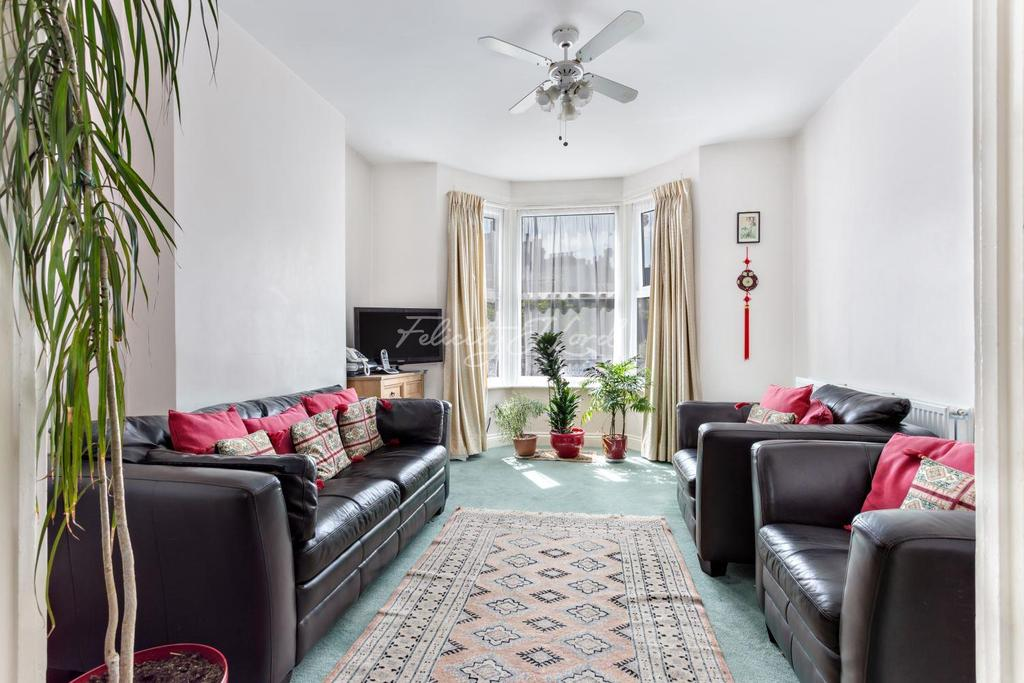 3 Bedrooms End Of Terrace House for sale in Humber Road, Blackheath, SE3