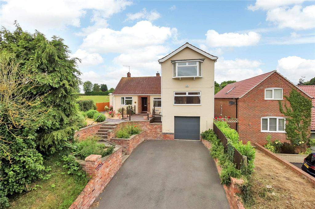 4 Bedrooms Detached House for sale in Back Lane, Cropwell Butler, Nottingham