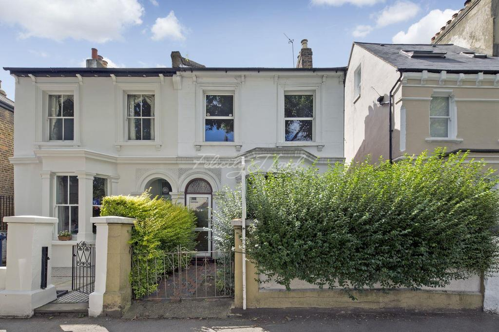 3 Bedrooms Terraced House for sale in Mansell Road, W3