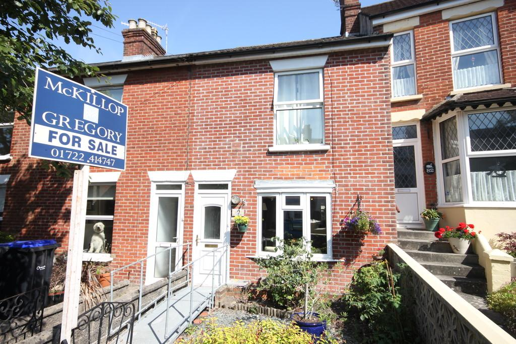 2 Bedrooms Terraced House for sale in ST MARKS ROAD, SALISBURY, WILTSHIRE, SP1 3AZ