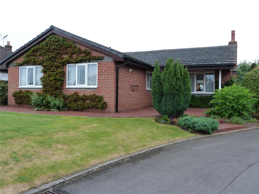 3 Bedrooms Detached Bungalow for sale in Foxes Hollow, Crewe, Cheshire, CW1