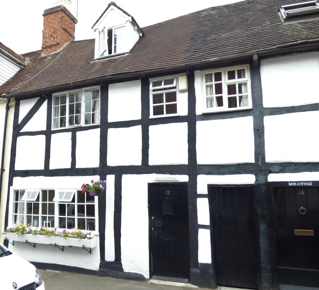 4 Bedrooms Terraced House for sale in Bleachfield Street, Alcester