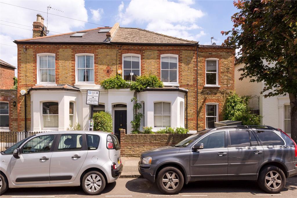 3 Bedrooms Semi Detached House for sale in Orbel Street, London, SW11