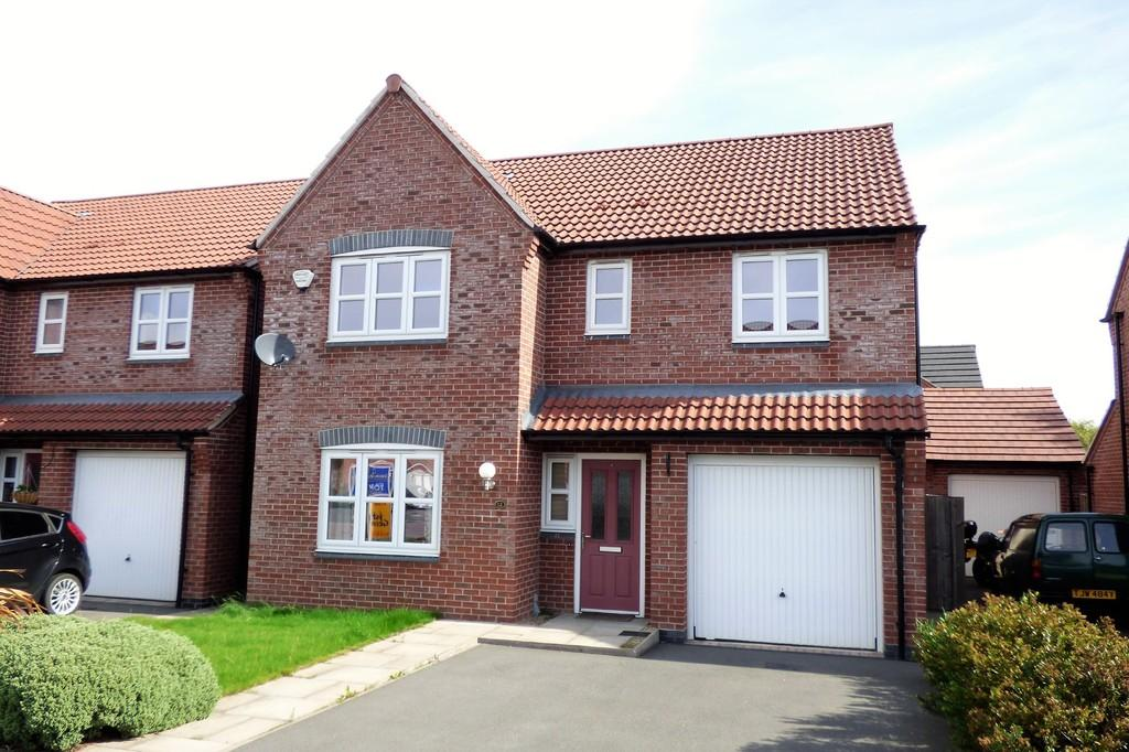 4 Bedrooms Detached House for sale in Bridgewater Road, Burton Upon Trent