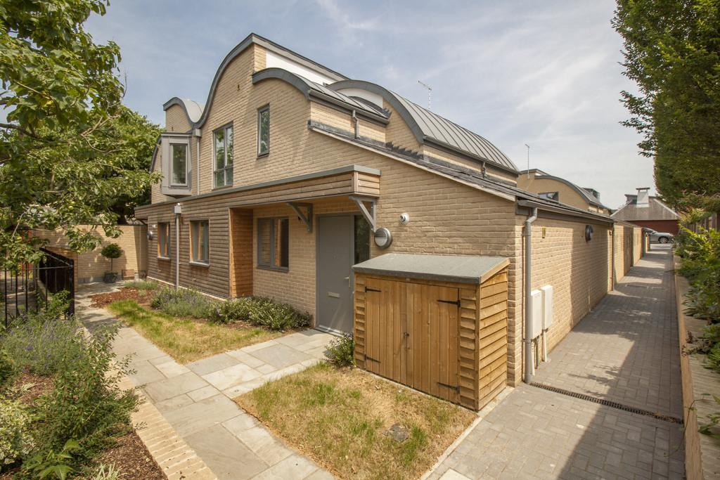 4 Bedrooms Semi Detached House for sale in Auckland Road, Cambridge