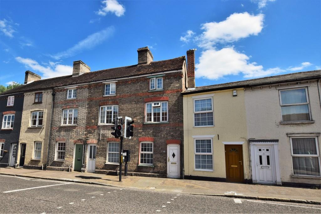 3 Bedrooms Terraced House for sale in Ballingdon Street, Sudbury, CO10 2BX