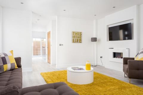 2 bedroom semi-detached house to rent - Grafton Road, Cheltenham GL50 2ET