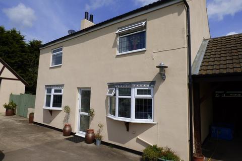 3 bedroom detached house to rent - Moor Lane, Caistor