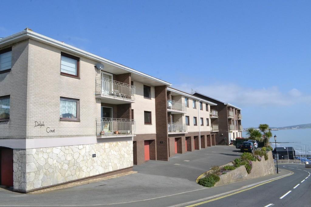 2 Bedrooms Maisonette Flat for sale in Hope Road, Shanklin