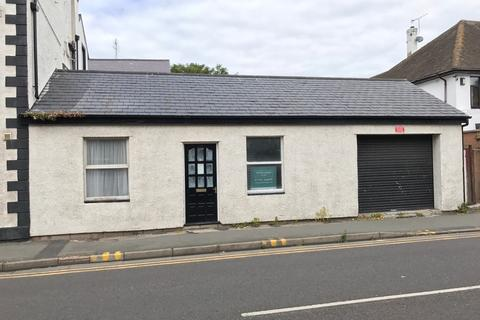 Property to rent - Brighton Road, Rhyl