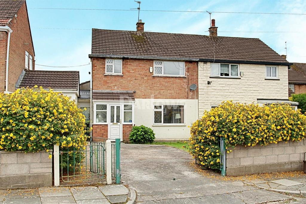 3 Bedrooms Semi Detached House for sale in Parracombe Crescent, Llanrumney, Cardiff