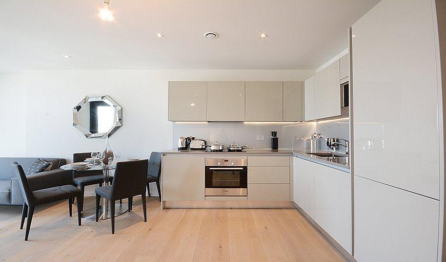 1 Bedroom Flat for sale in St. Gabriel Walk, London, SE1