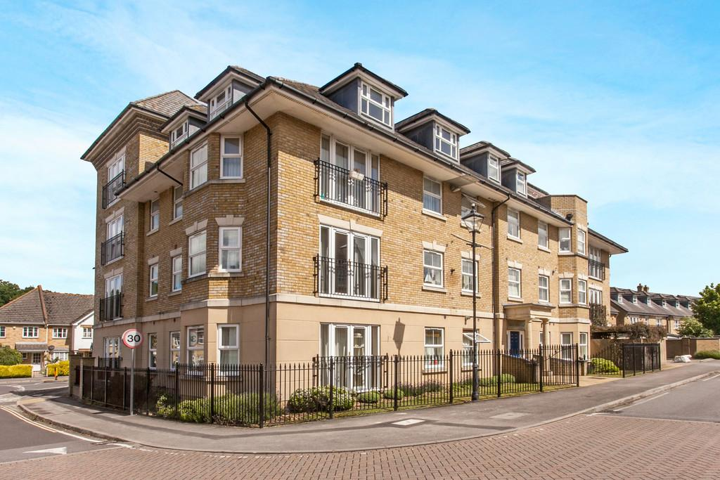3 Bedrooms Apartment Flat for sale in Marshall Square, Southampton, SO15
