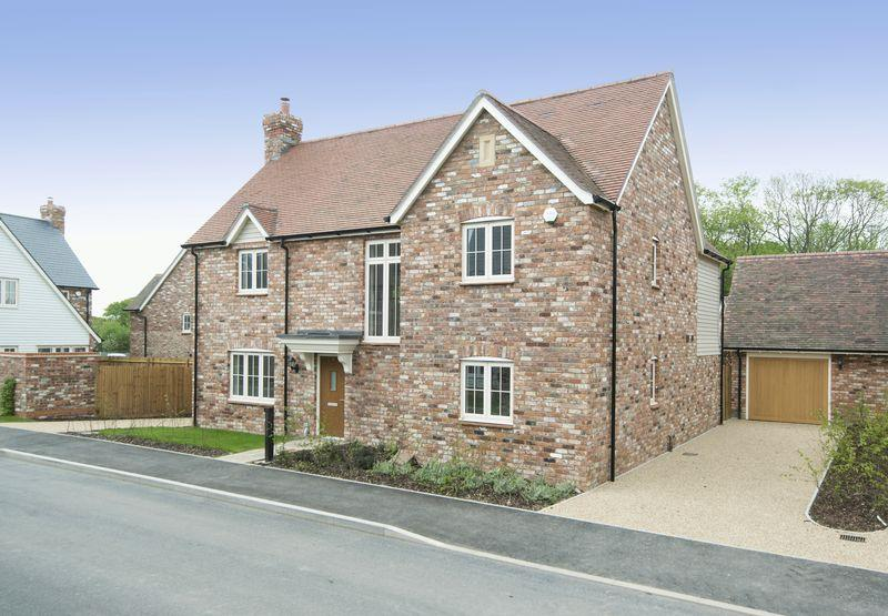 4 Bedrooms Detached House for sale in College Road, Ardingly, West Sussex