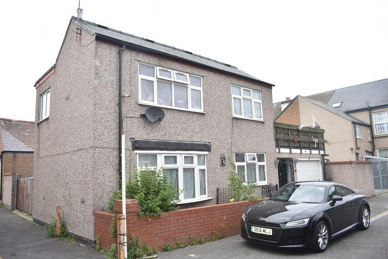 3 Bedrooms House for sale in 10a Windsor Street, RHYL