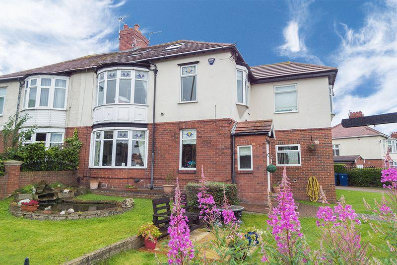 5 Bedrooms Semi Detached House for sale in Bella Vista, King George Road, South Shields