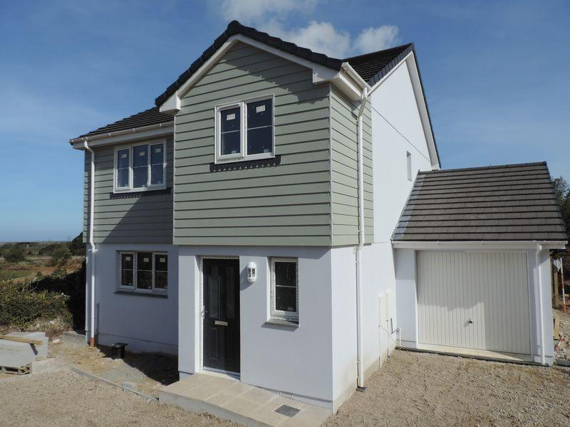 3 Bedrooms Detached House for sale in Treleigh, Redruth