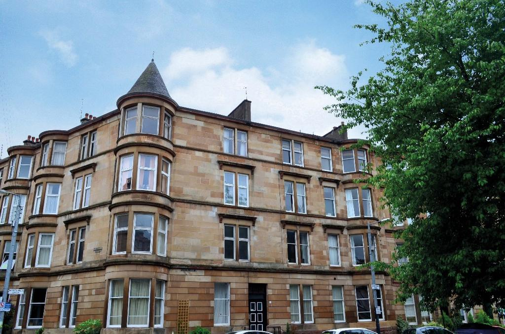 3 Bedrooms Flat for sale in Woodlands Drive, Flat 3/1, Woodlands, Glasgow, G4 9DN