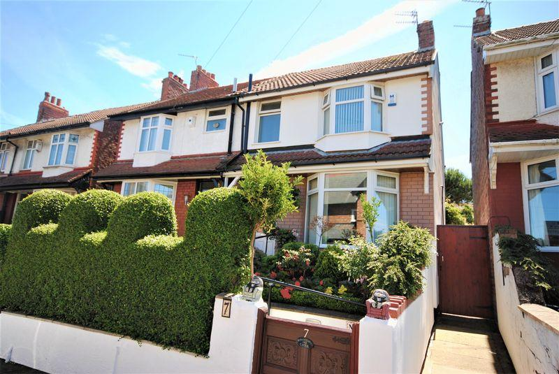 3 Bedrooms Semi Detached House for sale in Netherton Road, Moreton