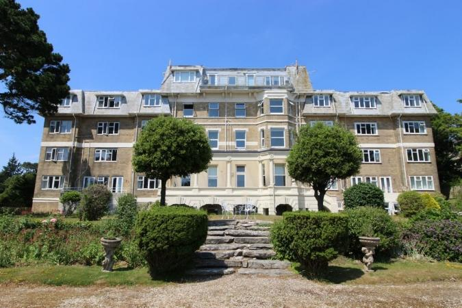 2 Bedrooms Flat for sale in Manor Road, East Cliff