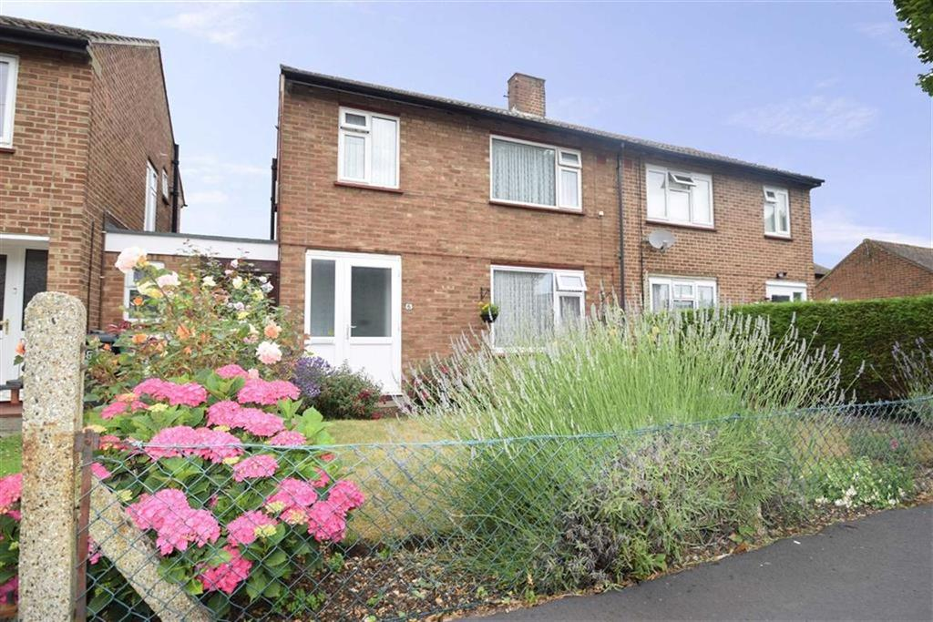 3 Bedrooms Semi Detached House for sale in Healey Rd, West Watford, Herts