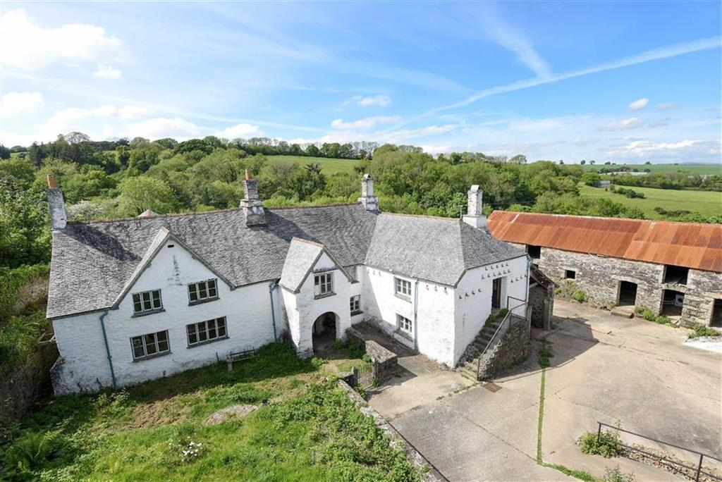 5 Bedrooms Detached House for sale in Dean Prior, Buckfastleigh, Devon, TQ11
