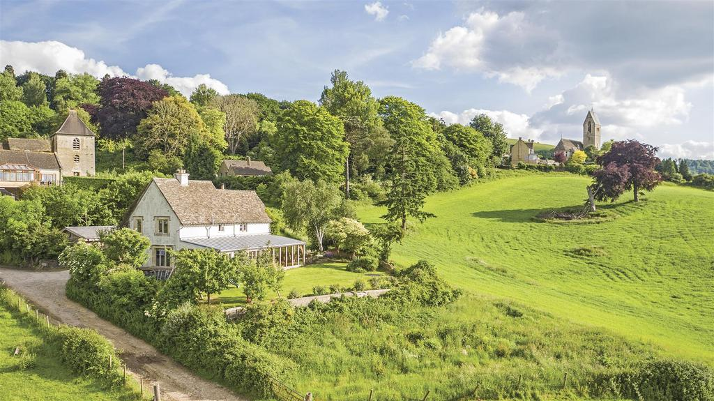 5 Bedrooms Detached House for sale in Selsley West, Stroud