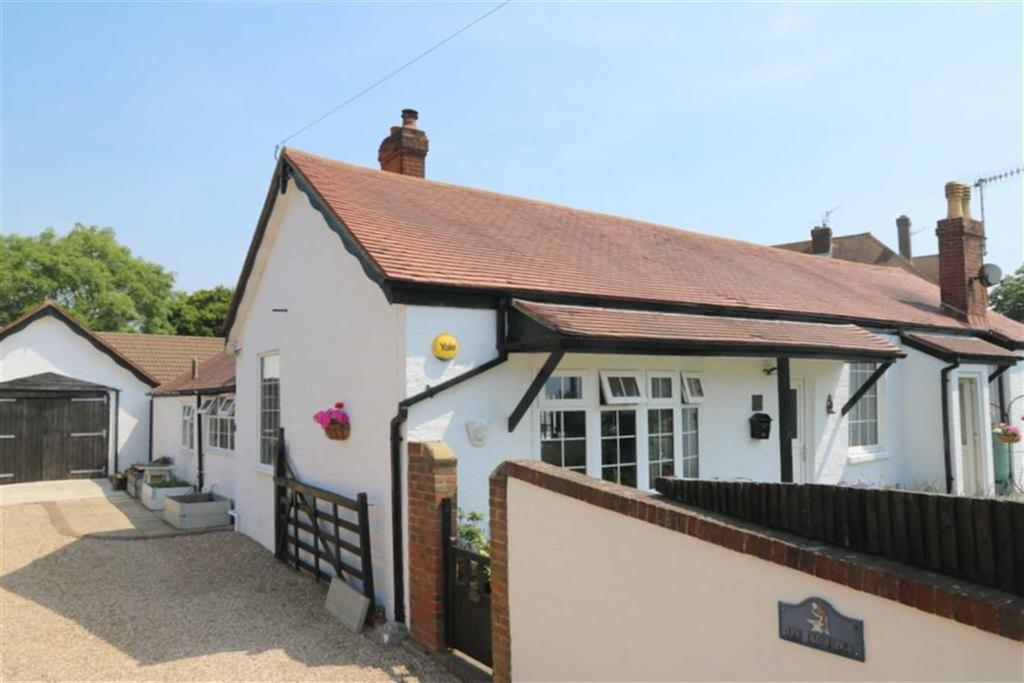 4 Bedrooms Detached Bungalow for sale in The Ridge, Hastings