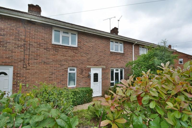 3 Bedrooms Terraced House for sale in Evans Close, Over Wallop, Stockbridge