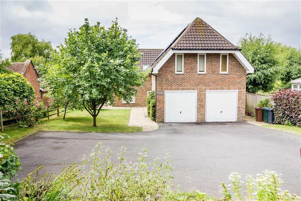 5 Bedrooms Detached House for sale in Faversham Road, Boughton Aluph, Ashford