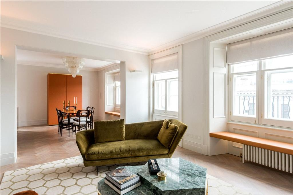 3 Bedrooms Flat for sale in Hyde Park Mansions, Chapel Street, Marylebone, London, NW1