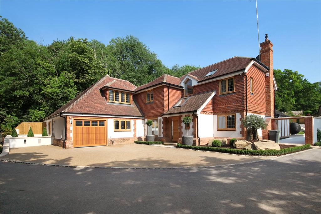 6 Bedrooms Detached House for sale in Wash Hill, Wooburn Green, High Wycombe, Buckinghamshire, HP10