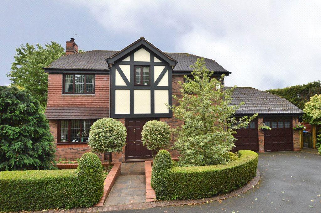 4 Bedrooms Detached House for sale in Pear Tree Lodge, Tudor Lawns, Lawns Lane, Carr Gate