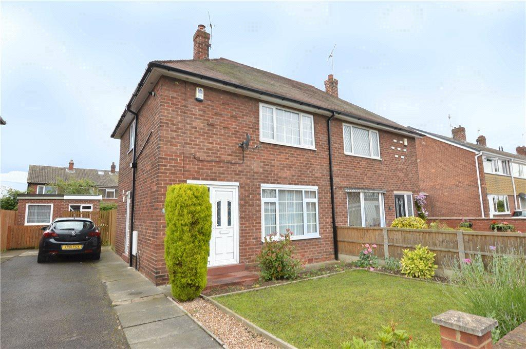 2 Bedrooms Semi Detached House for sale in Park Avenue, Allerton Bywater, Castleford, West Yorkshire