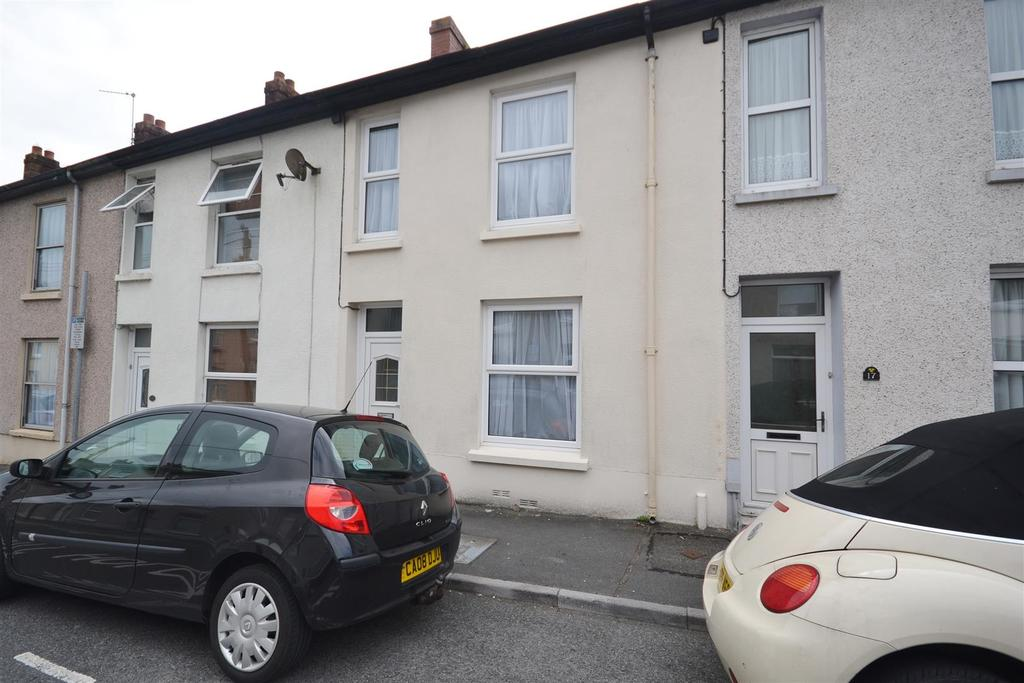 3 Bedrooms Terraced House for sale in St. Davids Street, Carmarthen