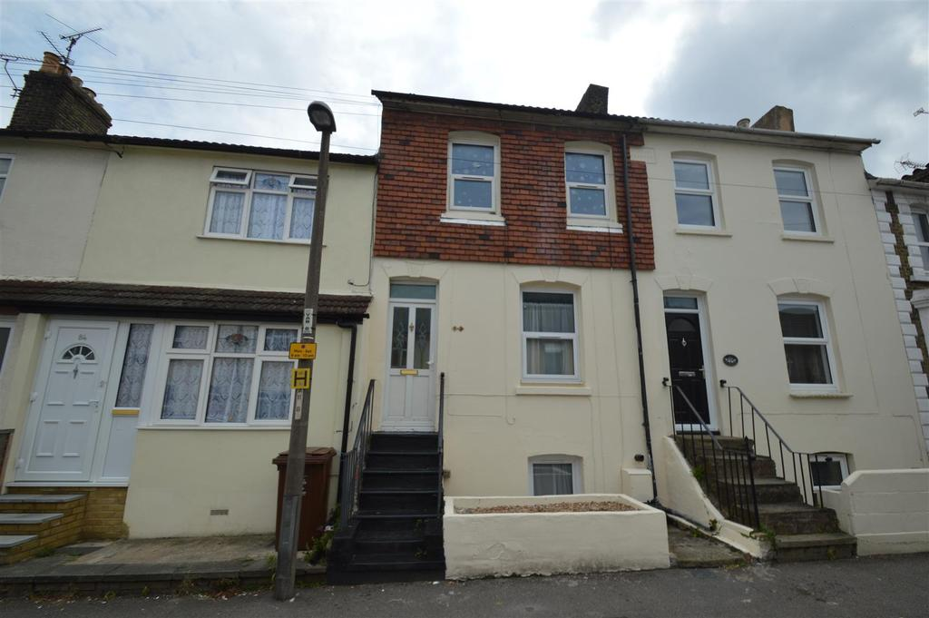 4 Bedrooms House for sale in Victoria Street, Gillingham