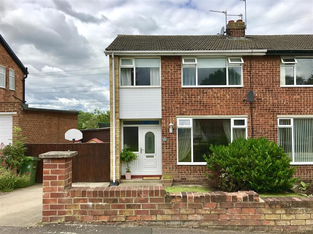 3 Bedrooms Semi Detached House for sale in Seymour Drive, Eaglescliffe