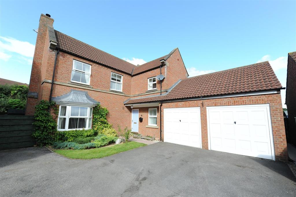 4 Bedrooms Detached House for sale in Cook Close, Brompton On Swale