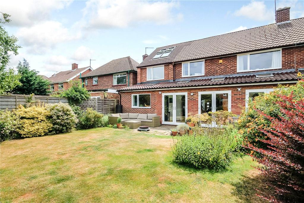 4 Bedrooms Semi Detached House for sale in Redfern Close, Cambridge, CB4