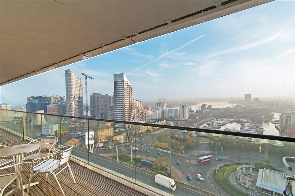 2 Bedrooms Flat for sale in Wharfside Point South, 4 Prestons Road, Isle Of Dogs, London, E14