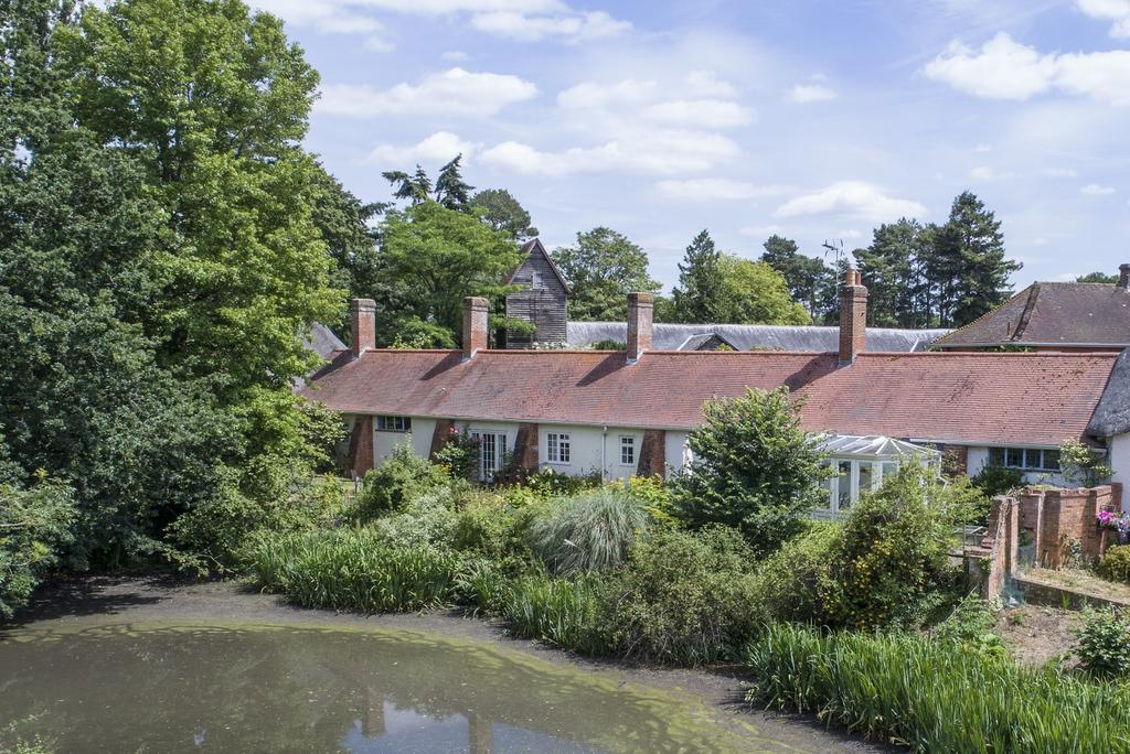 4 Bedrooms House for sale in Moat Cottage, Sherfield on Loddon