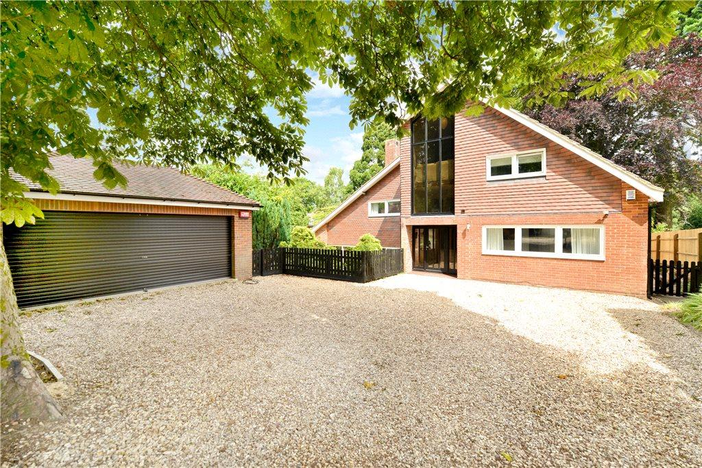 5 Bedrooms Detached House for sale in Silverbirches Lane, Aspley Heath, Woburn Sands, Bedfordshire