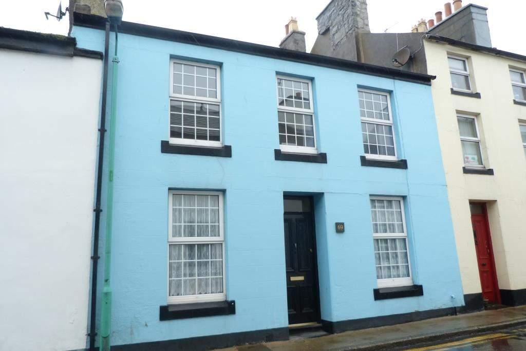 3 Bedrooms House for sale in 69 Malew Street, Castletown, IM9 1LR