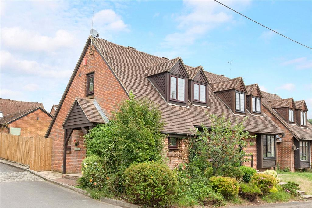3 Bedrooms House for sale in Newbury Hill, Hampstead Norreys, Thatcham, Berkshire, RG18